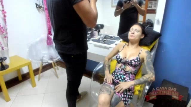 Camarim com a atriz pornô Cris Bathory