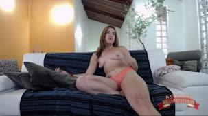 Tais Daeva pelada no chat de sexo ao vivo