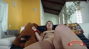 Tais Daeva Brasileirinhas, se masturbando no chat de sexo