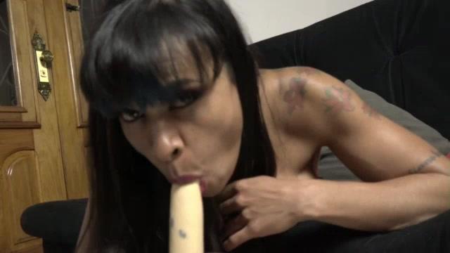 Vídeo pornô: Jéssica Winchester dando aula de sexo oral