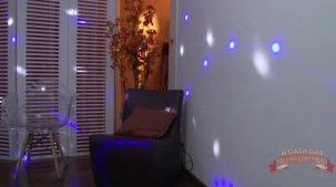 Julia Matos gostosa sensualizando em show erótico