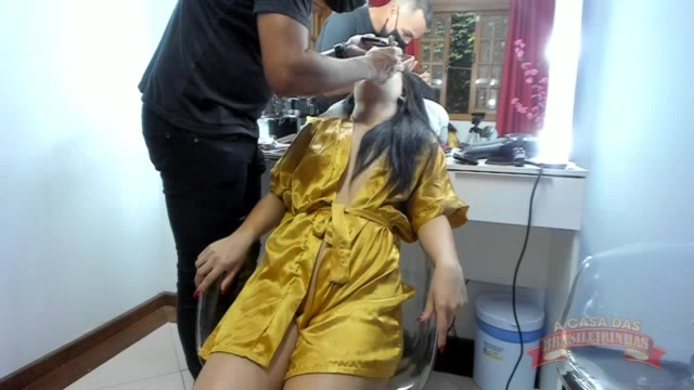 Carolina Carioca foi maquiada para próxima produção