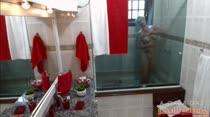 Milena Santos peladinha no banho