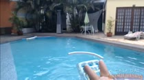 Veja a gostosa Bruna Ferraz na piscina!