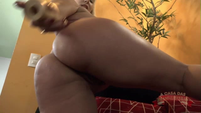 Veja como foi a aula de sexo anal com a Eamanuelly