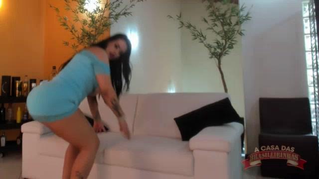 Segunda parte do ensaio sensual da Angel Lima nua