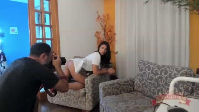 Sendo ensaio pornô da estrela Pamela Santos pelada