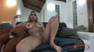 Videos Bruna Lambertini no chat de sexo peladinha