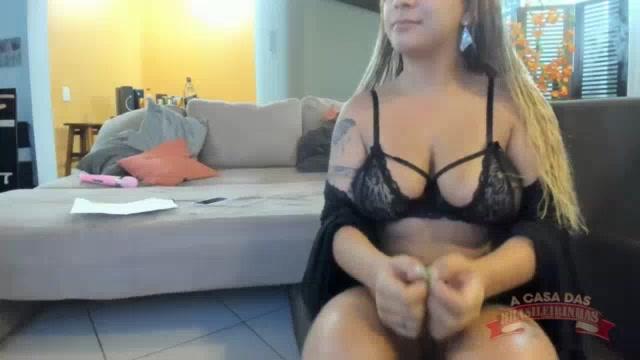 Vídeo pornô da Sindy Sil no chat