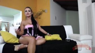 Suellen Victória porno da morena no chat