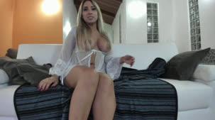 Bruna Lambertini nua fazendo sacanagem no chat de sexo