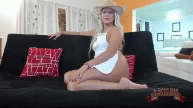 Somente de avental Katharine Madrid esqueta chat de sexo