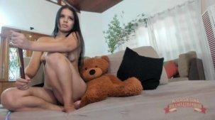 Pornô da Isis Pitangui mostrando a buceta no chat