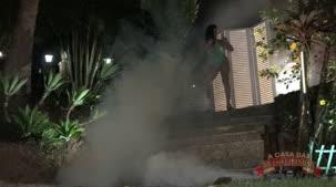 Cibele Pacheco atriz pornô desfilando as suas lingeries.