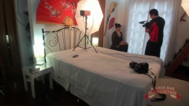 Lina Nakamura pelada no ensaio sensual para a Brasileirinhas