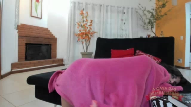 Chat de sexo ao vivo com a ninfeta safada Raquel Coelho