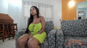 Greluda Bibi Griffo mostrando o bucetão no chat