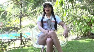Loren atriz pornô das Brasileirinhas dando o seu depoimento