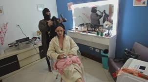 Barbara Alves atriz nos bastidores do filme pornô
