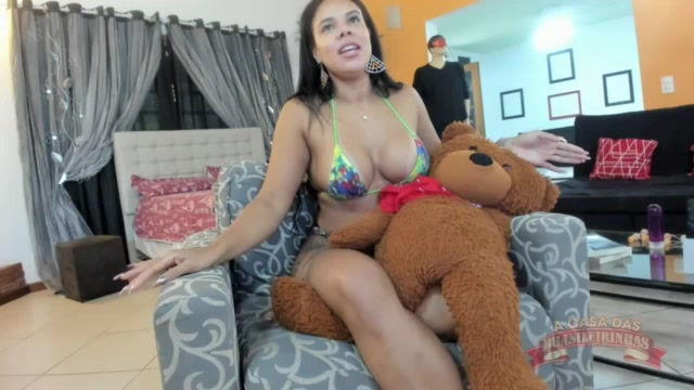 Vídeo da Pamela Santos aprontando em chat