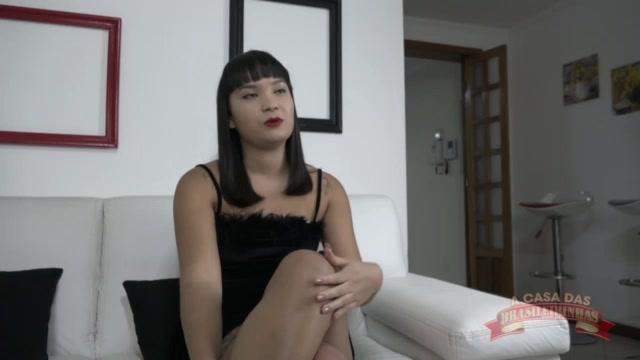 A atriz Lina Nakamura respondeu as perguntas do curiosos do insta