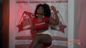 Atriz pornô Agatha Fiqueiredo falou sobre a sua primeira vez