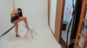 Oriental Vip nua no ensaio sensual da Casa das Brasileirinhas