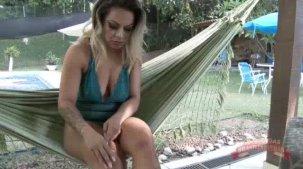 Melissa Pitanaga nua fazendo footjob na pica do Big Bambu