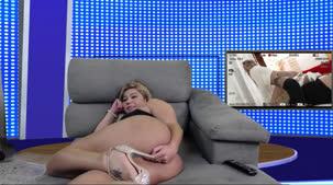 Monique Lopes peladinha em mais um chat de sexo