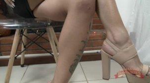 Melissa Pitanga mostrando o seu corpo de pertinho
