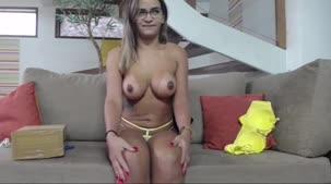 Hora do chat de sexo com a nossa morena Luna Oliveira
