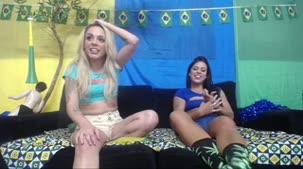 Lola e Barbara Alves peladinhas no chat de sexo