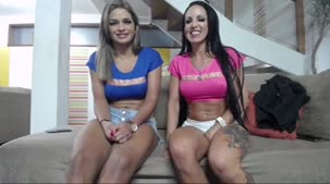 Confira o chat de sexo com Luna Oliveira e Elisa Sanches
