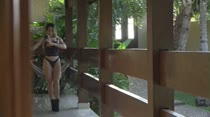 Hora do desfile de lingerie com Byancca Tavares