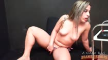 Chat de sexo com a loira Laura Pimenta, que delícia