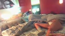 Safadinhas acordando bem gostosas na casa