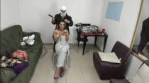 Marcella e Nayara se arrumaram para gravar a cena de sexo