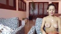 Gostosas agradam podólatras em vídeo de fetiche por pés