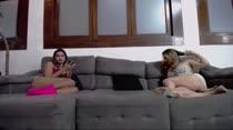 Chat de sexo com Safira Prado e Laisa Zandheire
