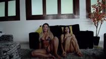 Lilith Scarlett e Erika Vieira se exibiram em mais um chat de sexo