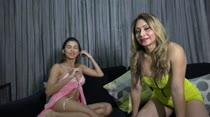 Uma aula de sexo anal com quem entende do assunto: Safira e Laisa