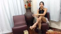 Morena gostosa e muito safada, Rebeca Rios falando putaria no chat