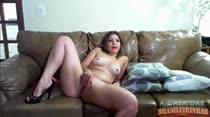 Novinha gostosa mostra o cuzinho gostoso na webcam ao vivo