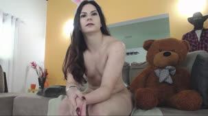 Ellen Duarte participou do chat de sexo vestida de coelhinha