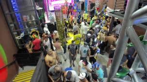 E a orgia de Carnaval da Brasileirinhas está só começando. Acompanhe