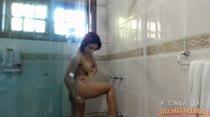 Laisa Gregory tomou um banho bem gostoso