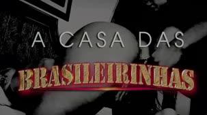 Confira Rafa Denardin no pissing na Casa das Brasileirinhas