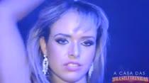 Angel Lima substituiu Aline Rios e foi para balada liberal!