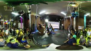 Veja a orgia de Carnaval da Brasileirinhas em 360º. Os bastidores rolaram AO VIVO