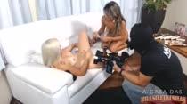 Veja como foi a gravação da Cena Lesbo entre Monica e Lola!